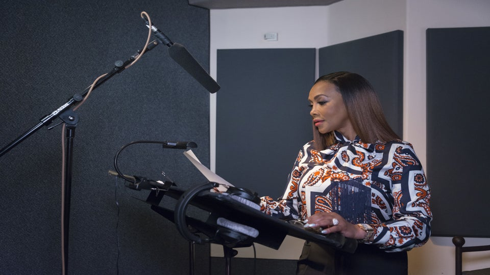 Listen To An EXCLUSIVE Clip Of Vivica A. Fox's New Memoir, 'Every Day I'm Hustling'